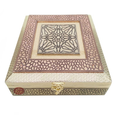 Antique Star designed Wooden Handmade Wedding Favor Box / Chocolate Box (8.5x8.5x2.25)